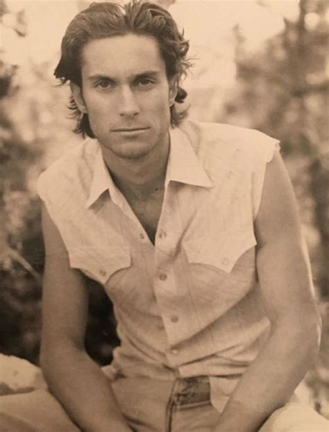 oliver hudson young oliver hudson age height wife kids sister mom family