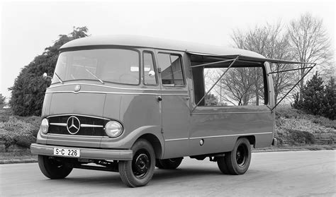 emercedesbenz feature the mercedes l 319 makes world