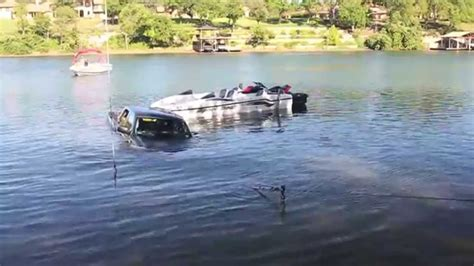 boat crash lake austin boat truck both end up in lake austin youtube