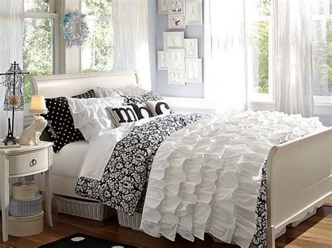 black and white teenage bedroom chic black and white bedding for teen girls