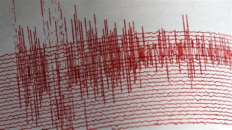 earthquake tremors earthquake of magnitude 5 5 strikes uttarakhand tremors