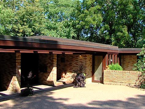 historic frank lloyd wright home  sale  kansas city