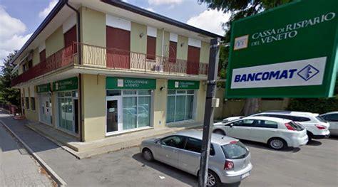 banca risparmio veneto allarme alla filiale della cassa di risparmio veneto a