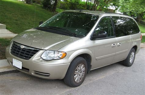 how does cars work 2007 chrysler town country seat position control 2007 chrysler town and country information and photos momentcar