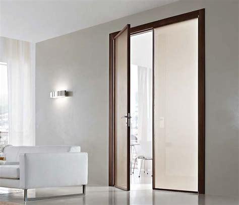 porte a due ante battenti porta interna in metallo e vetro apertura a battente bologna