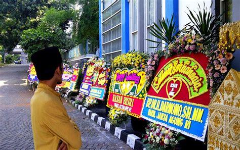 Karangan Bunga Happy Wedding karangan bunga papan sebagai hadiah pernikahan toko bunga jakarta toko bunga tws