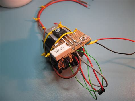 Flyback Tv high voltage supply 10 30kv made from crt television flyback transformer robert gawron