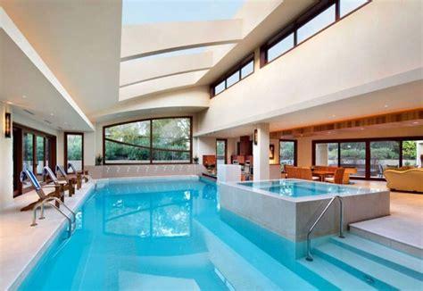 piscines interieures decouvrez les  belles du monde