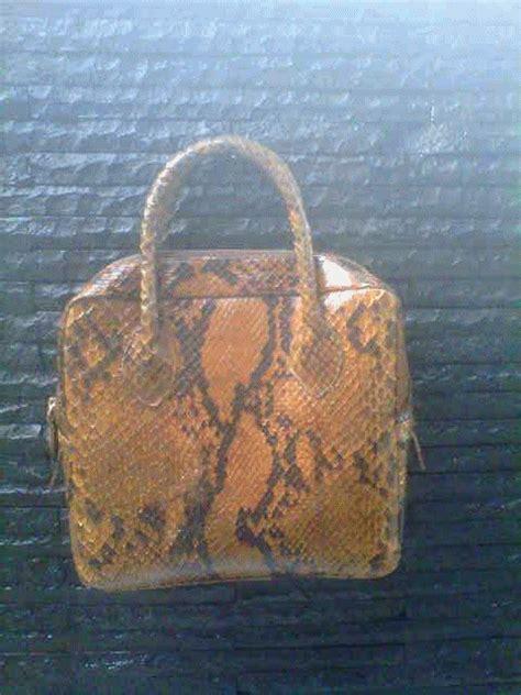 Tas Kulit Ular Asli 3 tas kulit ular phyton souvenir kulit dan kulit sintetis