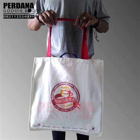 Custom Kulit Kanvas Goodie Bag Tote Bag Tas Jinjing tote bag kanvas sablon custom perdana perdana goodie bag