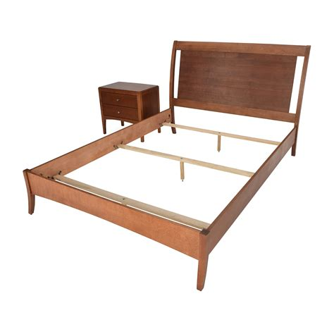macy bed 72 off macys macy s bed frame and matching side table