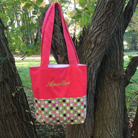quick tote bag pattern quick tote bag sewing tutorial super simple sewing