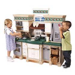 step2 lifestyle deluxe kitchen with realistic sounds