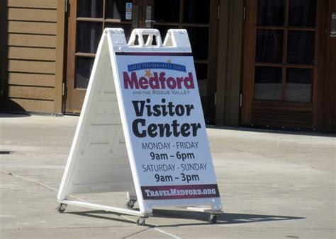 medford visitor information center or anmeldelser