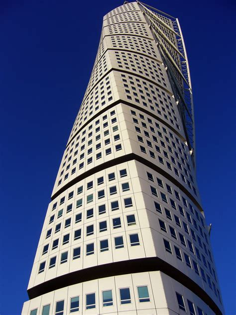 santiago calatrava turning torso tower malmo sweden turning torso wikiwand