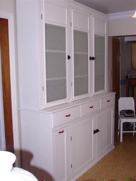 1940s kitchen cabinets painted 1940 s kitchen cabinet gentle restoration