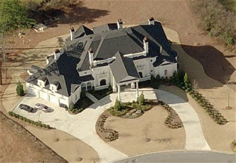 michael vick house michael vick s and andruw jones palatial atlanta spreads homes of the rich
