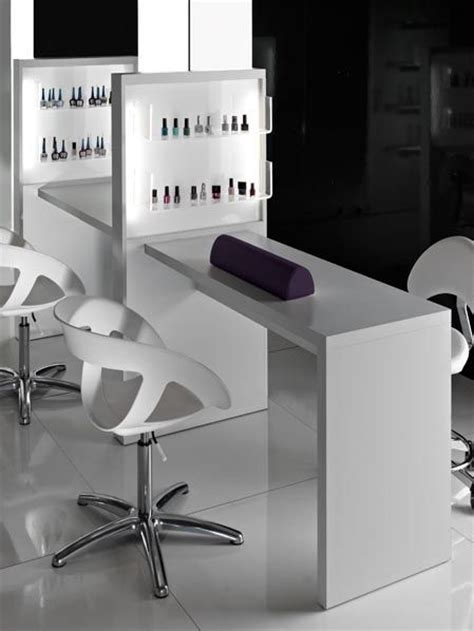 Nail Bar Table Manicures Bar And Tables On