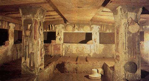 vasi funerari egizi immagini apa l etrusco sbarca a roma cineca