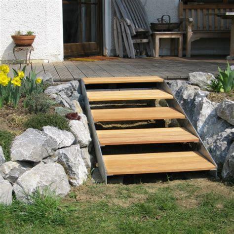 geländer für treppenaufgang treppe terrasse design