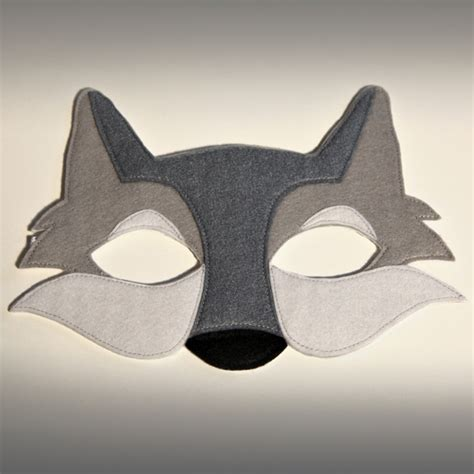 How To Make A Wolf Mask Out Of Paper - felt childs wolf mask 163 11 00 feltro wolf