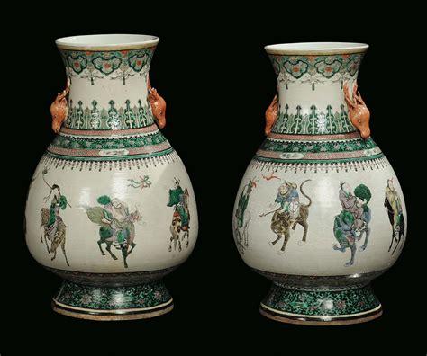 vasi cinesi dinastia ming coppia di vasi in porcellana famiglia verde cina