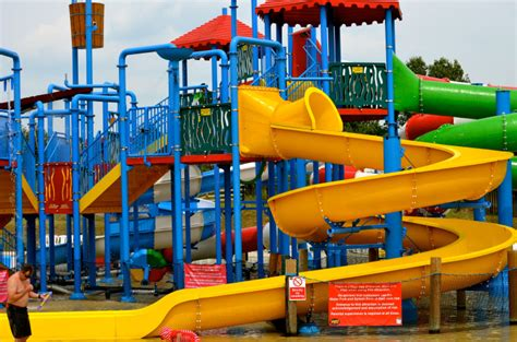 theme park nottingham boy collapses and dies after family day out at wheelgate