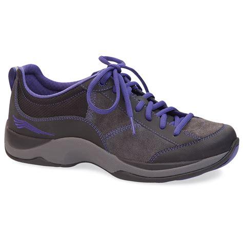 dansko womens sabrina shoes blackviolet