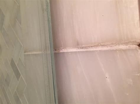 Leaking Shower Door Glass Shower Door Leaking Doityourself Community Forums