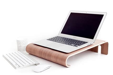 20 cool laptop stands for digital nomads and freelancers