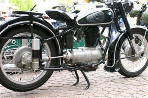 Motorrad Reifenwechsel by Reifen Wechseln Bei Einem Motorrad Geht Es So