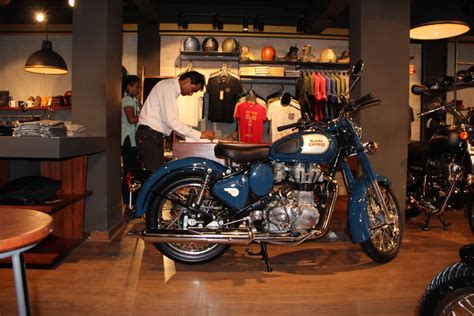 royal enfield clic 350 accessories in hyderabad