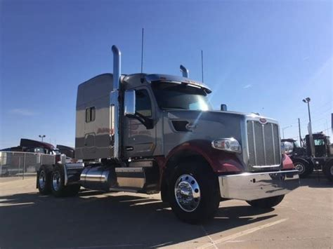 new peterbilt trucks 100 peterbilt trucks 1044 best 18 wheelers images