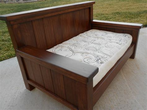 how to build a day bed 140 best make day bed images on pinterest craft home ideas and woodworking