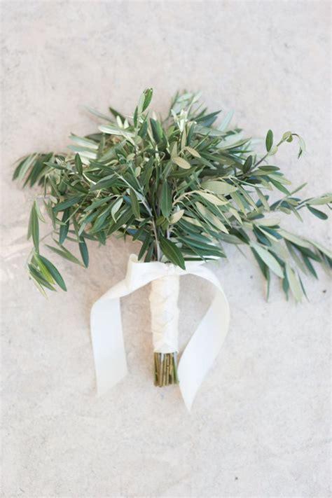 rami di fiori matrimonio stile mediterraneo naturalezza ed eleganza