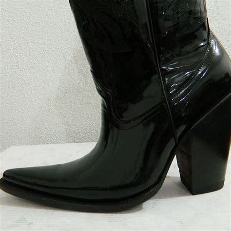 custom made patent leather black sharp toe cowboy boots