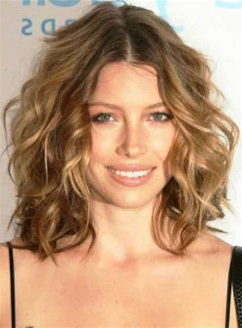 haircut bob wavy hair 40 gorgeous wavy bob hairstyles to inspire you beauty epic