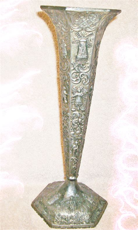 offers only antique vase 33x golden path wealth c 1889