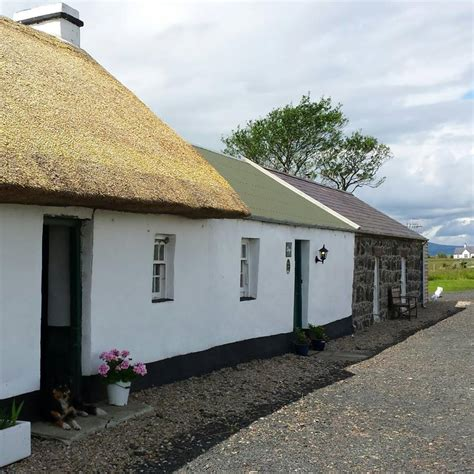 luxury cottages northern ireland self catering accommodation northern ireland 183 thatched