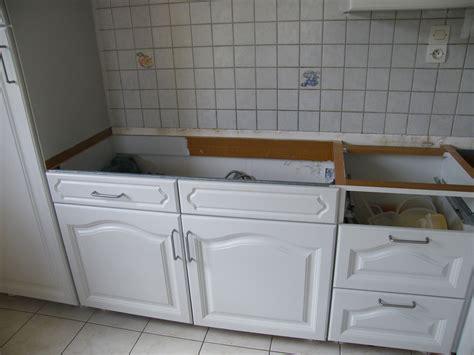 changer les portes d une cuisine r 233 nover une cuisine comment repeindre une cuisine en