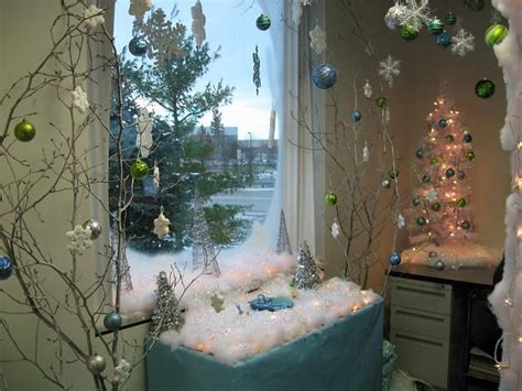 winter cube decorations pictures of the cubicle decorations trees posts and the o jays