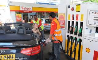 Garage Canada Careers Shell Re Introduces Petrol Attendants Recruits Staff