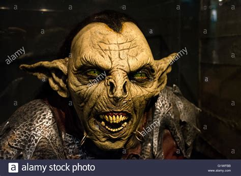 goblin film ita reproduction a moria goblin orc from the lord of the ring