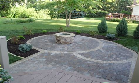 Concrete Patio With Pavers Circular Paver Patio Circular Patio Pavers Sted Concrete Patios Interior Designs Flauminc