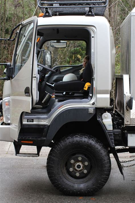 mitsubishi fuso 4x4 expedition vehicle best 25 expedition vehicles for sale ideas on pinterest
