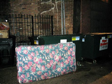 Mattress Disposal Bags by Nyc Mattress Disposal Avoid The 100 Boxesaz