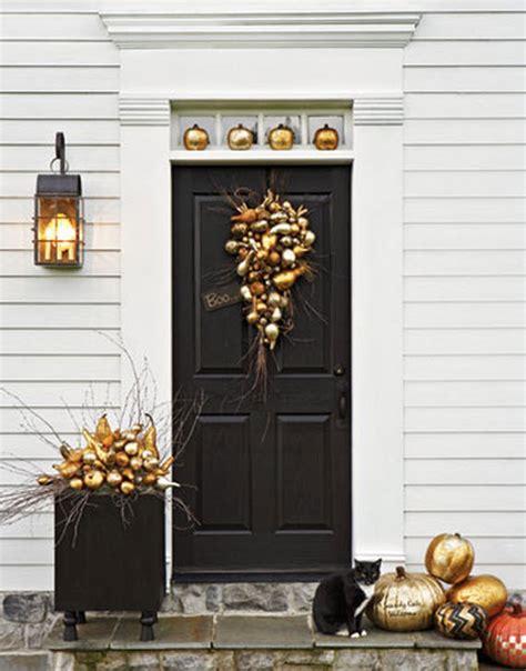 Fall Front Door Ideas Via Www Simplifiedbee Com Front Door Decorations For Fall