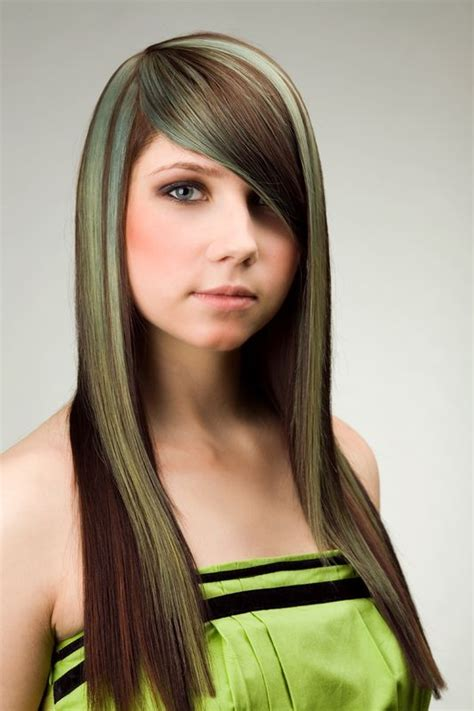 hairstyles with green highlights long brown hair highlights with green khaki hairstyles