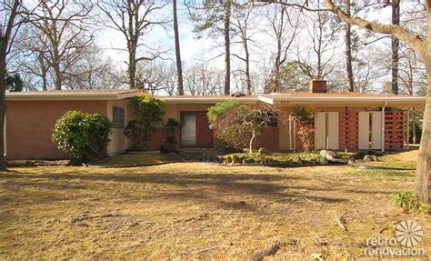 Mid Century Ranch Homes | warm and beautiful 1962 mid century modern brick ranch