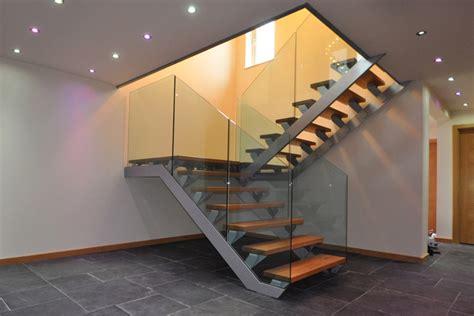 larghezza minima scale interne 40 foto di scale interne dal design moderno mondodesign it